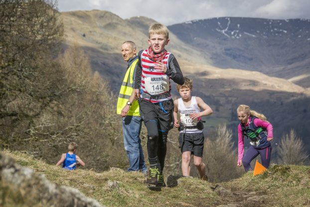 DSC4631 622x415 Todd Crag Junior Fell Race Photos 2018