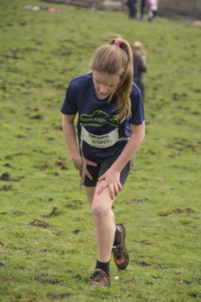 DSC5321 415x622 Blacko Fell Race Photos 2018
