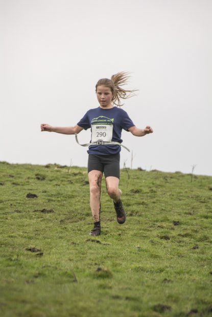 DSC5338 415x622 Blacko Fell Race Photos 2018