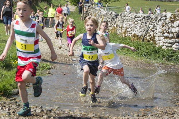 DSC5457 622x415 Malham Fell Race Photos 2018
