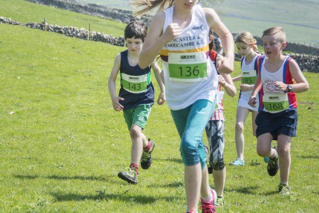 DSC5476 622x415 Malham Fell Race Photos 2018