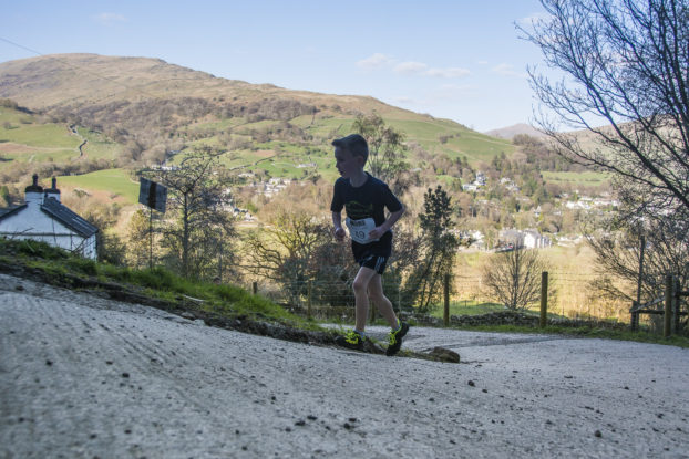 DSC0408 622x415 Todd Cragg Fell Race Photos 2019
