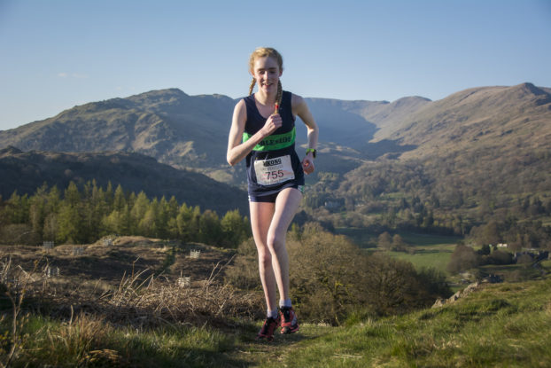 DSC0438 622x415 Todd Cragg Fell Race Photos 2019
