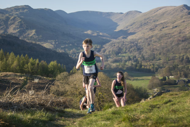 DSC0445 622x415 Todd Cragg Fell Race Photos 2019