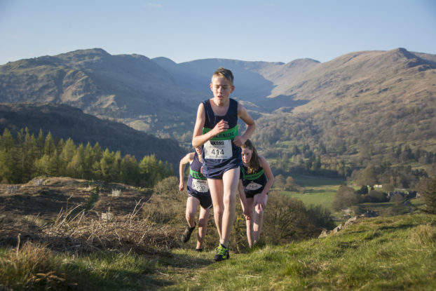 DSC0450 622x415 Todd Cragg Fell Race Photos 2019