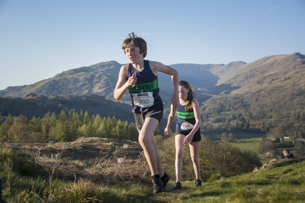 DSC0452 622x415 Todd Cragg Fell Race Photos 2019