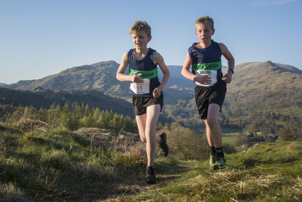 DSC0459 622x415 Todd Cragg Fell Race Photos 2019