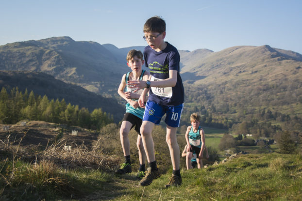 DSC0461 622x415 Todd Cragg Fell Race Photos 2019