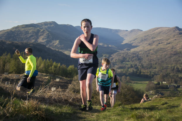 DSC0478 622x415 Todd Cragg Fell Race Photos 2019