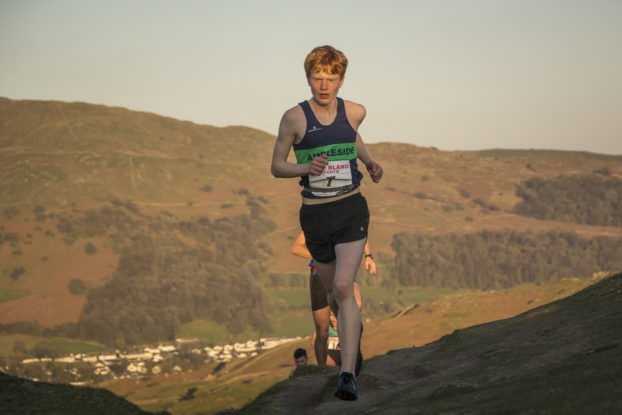 DSC0535 622x415 Todd Cragg Fell Race Photos 2019