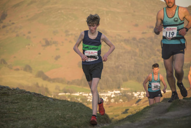 DSC0551 622x415 Todd Cragg Fell Race Photos 2019