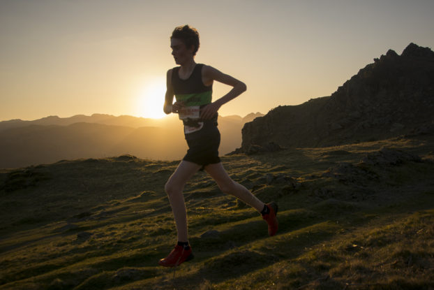 DSC0668 622x415 Todd Cragg Fell Race Photos 2019