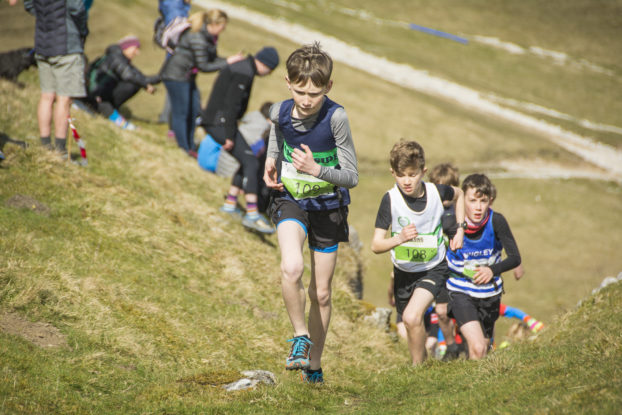 DSC0781 622x415 Kettlewell Fell Race Photos 2019