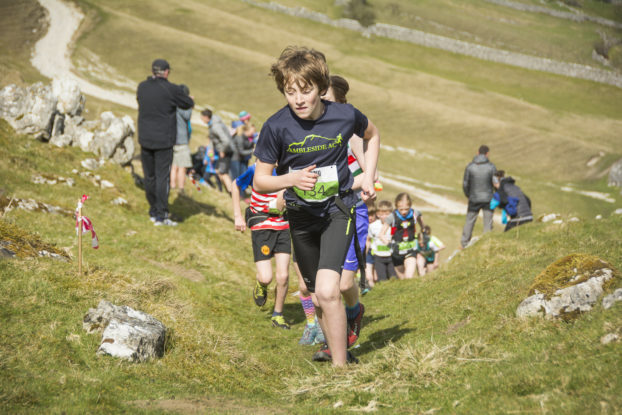 DSC0793 622x415 Kettlewell Fell Race Photos 2019