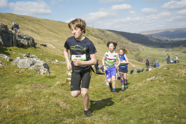 DSC0794 622x415 Kettlewell Fell Race Photos 2019
