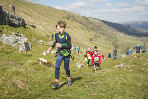 DSC0801 622x415 Kettlewell Fell Race Photos 2019