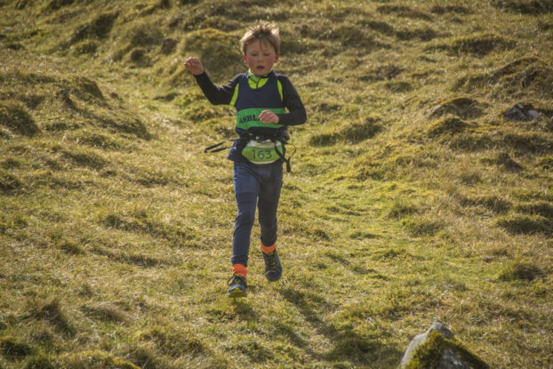 DSC0820 622x415 Kettlewell Fell Race Photos 2019
