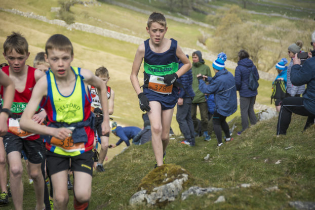 DSC0837 622x415 Kettlewell Fell Race Photos 2019
