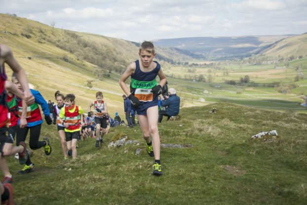 DSC0839 622x415 Kettlewell Fell Race Photos 2019