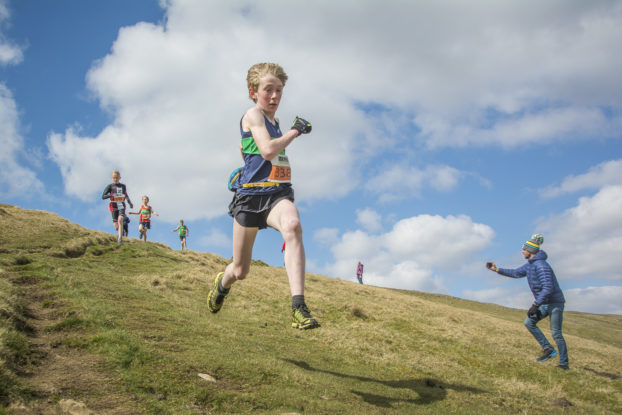 DSC0859 622x415 Kettlewell Fell Race Photos 2019
