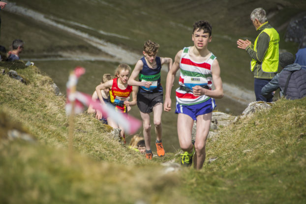 DSC0884 622x415 Kettlewell Fell Race Photos 2019