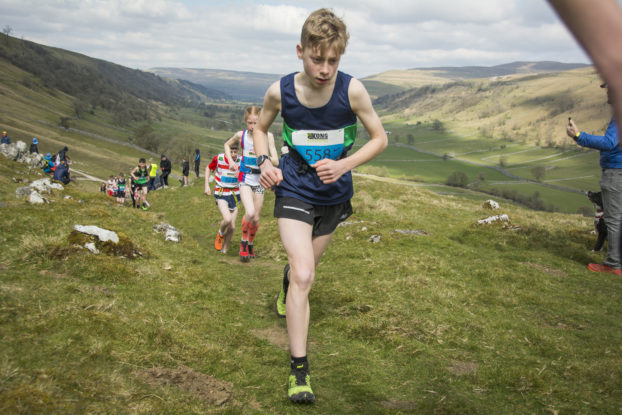DSC0891 622x415 Kettlewell Fell Race Photos 2019