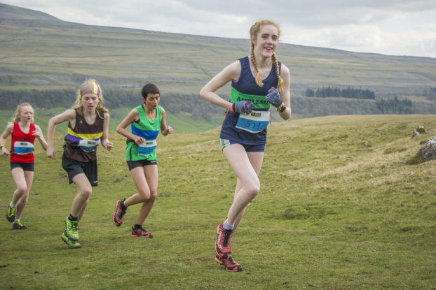 DSC0915 622x415 Kettlewell Fell Race Photos 2019
