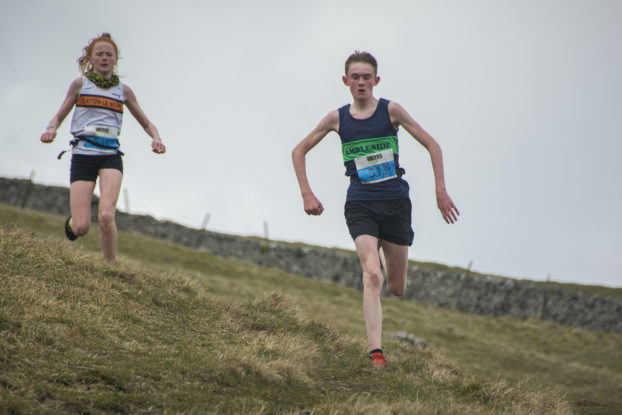 DSC0932 622x415 Kettlewell Fell Race Photos 2019