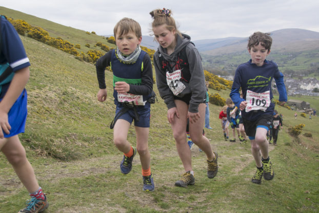 DSC1030 622x415 Arant Haw Fell Race Photos 2019
