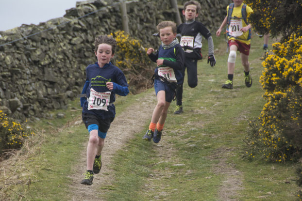 DSC1076 622x415 Arant Haw Fell Race Photos 2019