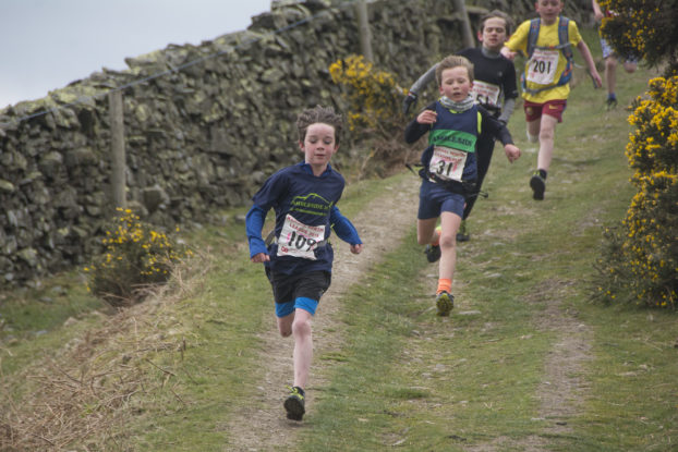 DSC1078 622x415 Arant Haw Fell Race Photos 2019