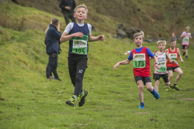 DSC1237 622x415 Coiners Fell Race Photos 2019