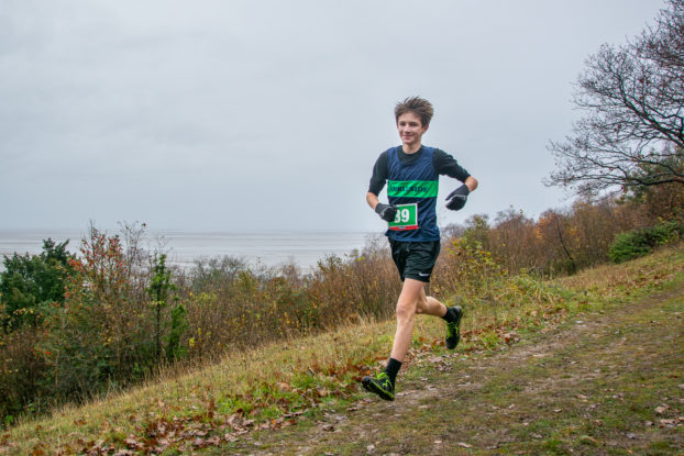DSC4687 622x415 Arnside Knott Fell Race Photos 2019